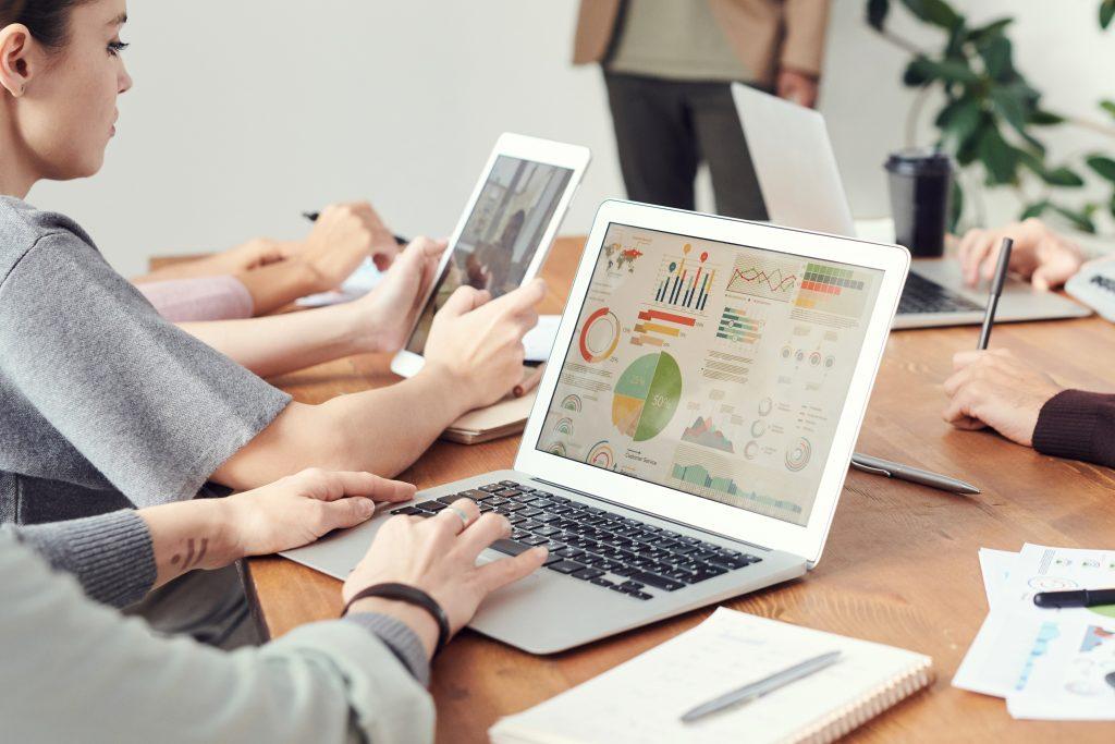 people learning data analysis